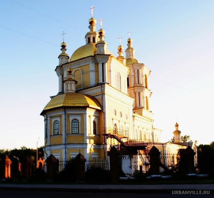 Что посмотреть в Новокузнецке? Спасо-Преображенский собор