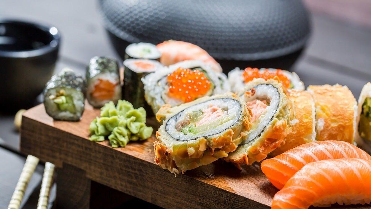 Доставка суши в Новокузнецке: 5 вариантов на пробу от Urbanville