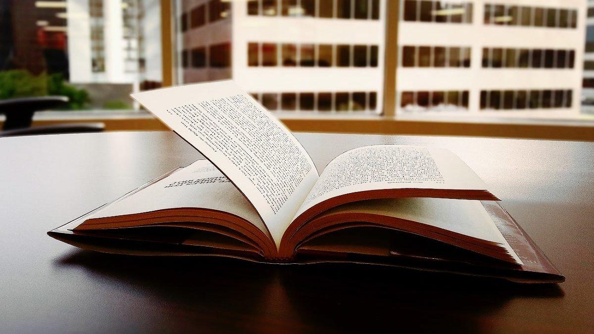 Литературная афиша ноября: 5событий дляценителей слова